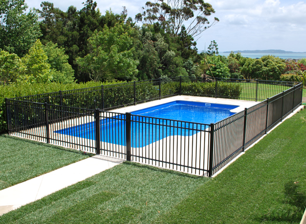 Homeplus pool fencing for Pool design nz